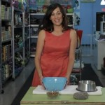 Pack Mom Daily Bite:  How to Stop Your Dog from Tipping Food Bowls